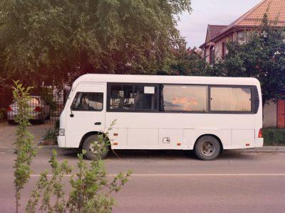 送迎用シャトルバスのイメージ画像
