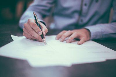 業務資料への手書き記入のイメージ画像